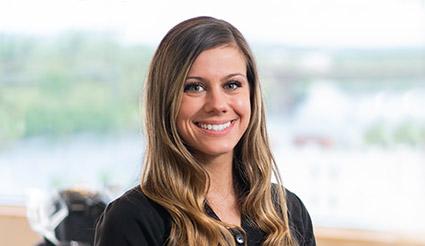 Jen M- Certified Dental Assistant - Cooney Orthodontics